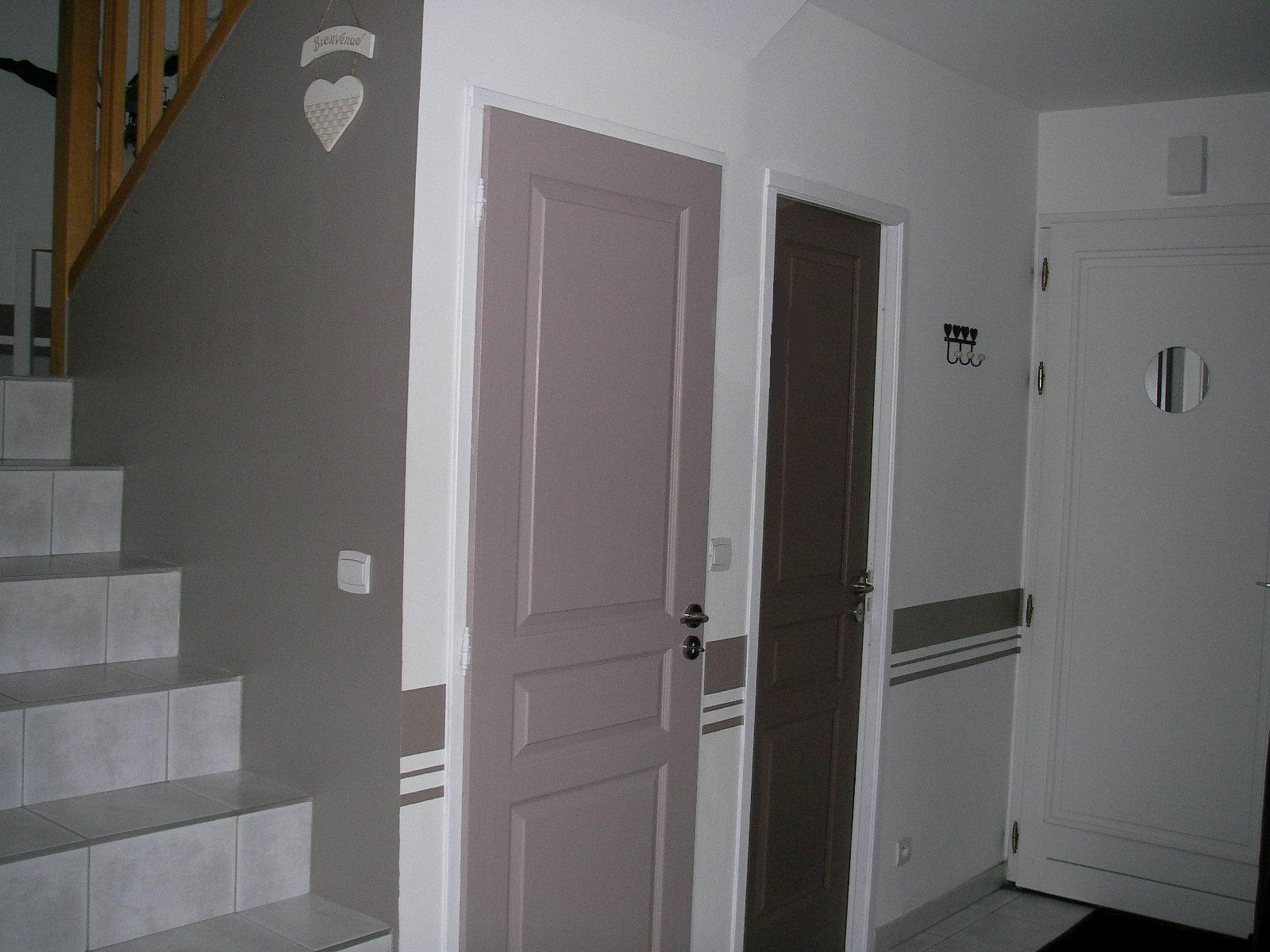 la d co de laetitia une fresque dans une descente d escalier. Black Bedroom Furniture Sets. Home Design Ideas